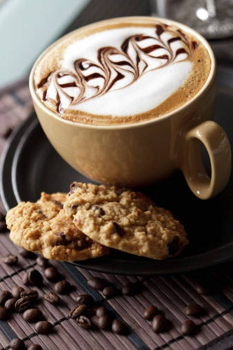 Cappuccino orzechowo-miodowe (źródło: pinterest)