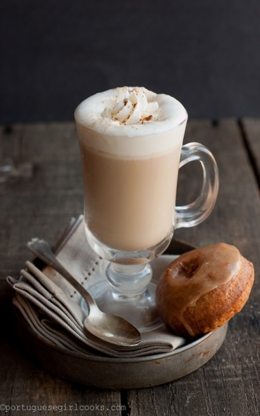 Latte z mlekiem kokosowym (źródło: pinterest)