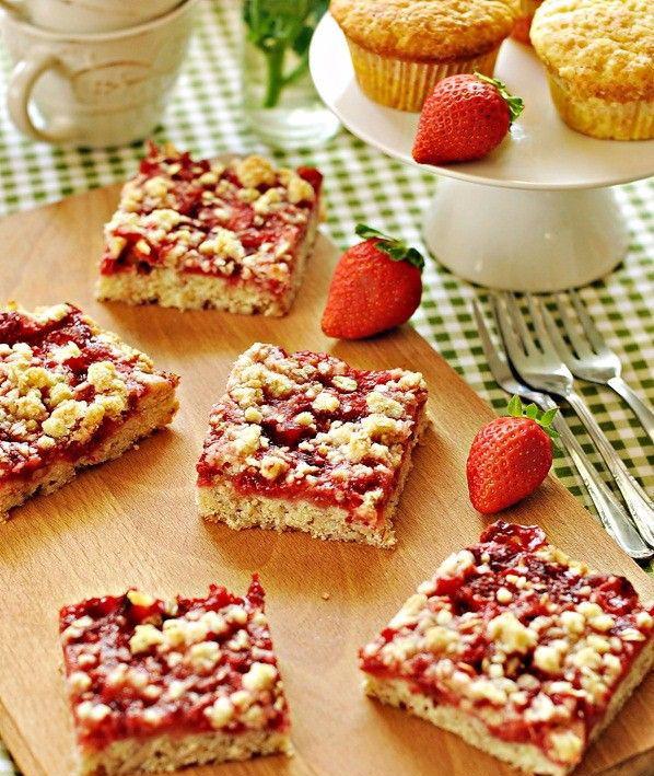 Ciasto z truskawkami (źródło: pinterest)