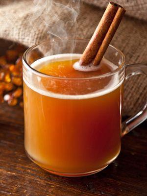 rozgrzewająca herbata z rumem