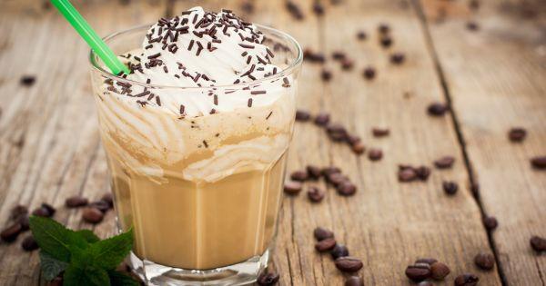 kawa z syropem toffi