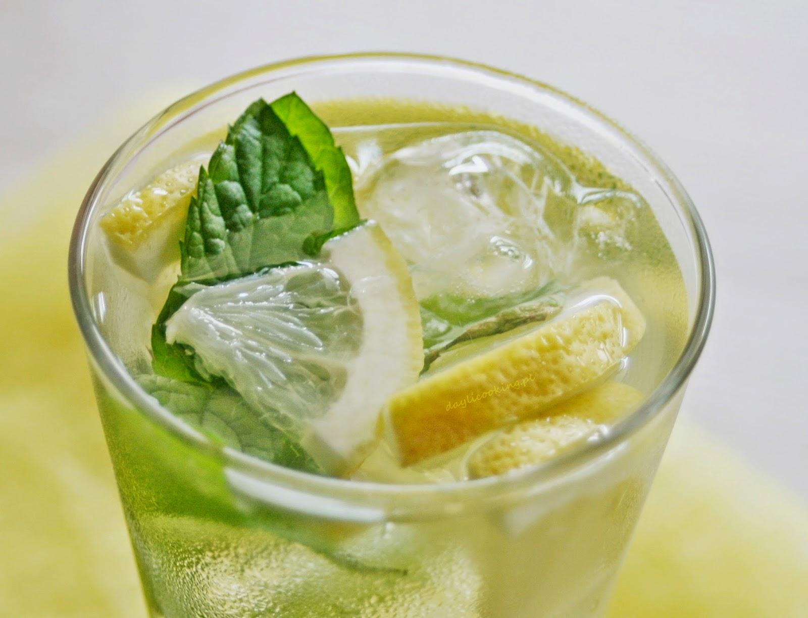 orzeźwiający napój z imbirem